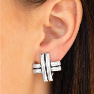Couture Crossover - Silver   Earrings